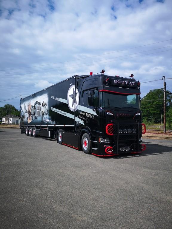Peinture élément camion Scania S580 V8